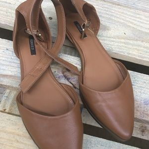 Brown faux leather summer flat